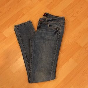Denim - Skinny low-rise blue jeans, Size 26